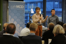 Cafe Med: No Smoke Without E-Cigarettes