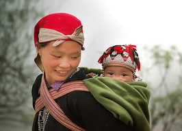 Mother and child in Sapa, Vietnam