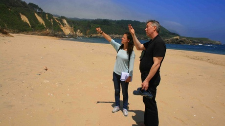 Dr Irene García Losquiño and Dr Jan Henrik Fallgren on a possible Viking archaeological site in northern Spain