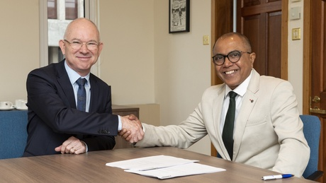 Principal & Vice-Chancellor Professor George Boyne with CEO and Director, International Institute of Health Sciences, Dr Kithsiri Edirisinghe