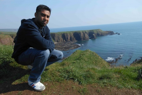 Sanson Selvanathar who grew up in Kuala Lumpur has completed an MBA at the University of Aberdeen