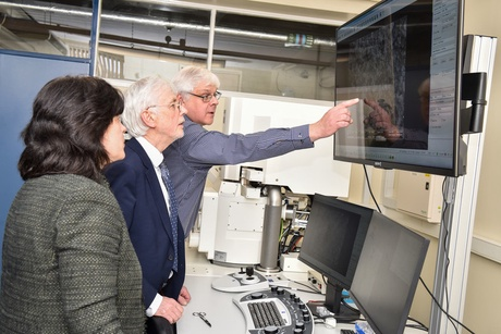 New scanning electron microscope facility opened at University of Aberdeen