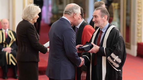Professor Sir Ian Diamond receives the Queen's Anniversary Prize on behalf of the University from Prince Charles at Buckingham Palace