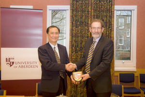 Professor CHAN of NUS and Professor Ian Diamond
