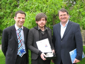 Left to right: Chris Munro, PGDE Programme Director; Graham Laing, PGDE Primary student and recipient of the Richard Greig Memorial Award for Professional Studies 2010; Professor Andrew Pollard, Institute of Education, University of London