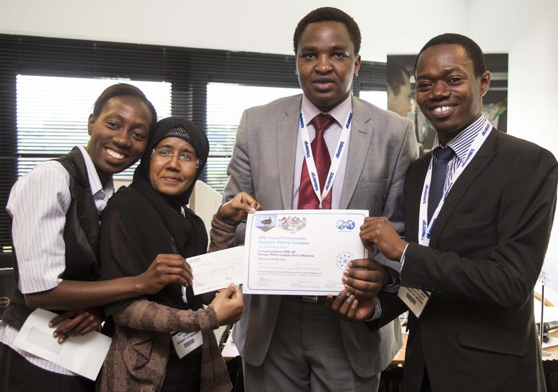 Petroleum engineering students scoop another top prize