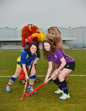 University of Aberdeen Sports President Clare McWilliams (L) and RGU Sports President Melissa Hutcheon with mascots Rex the Lion and Bobby the Boar