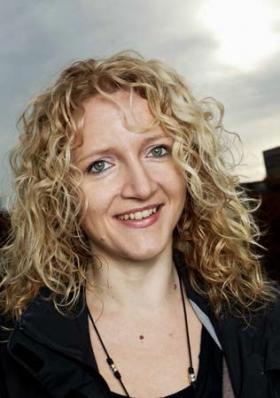 Suzanne L Dickson
